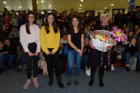 Langjährige Schulsekretärin in den Ruhestand verabschiedet