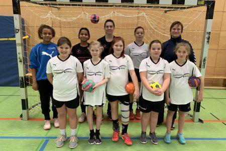 Starke Gegnerinnen für unsere Handball-Schulmannschaft